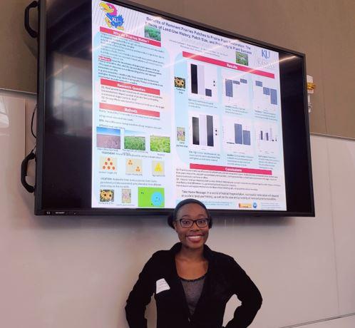 2019 Summer REU student, Andriana Caldwell, studies prairie plant restoration